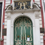 The Geocaching Junkie: Doorways in Gdansk