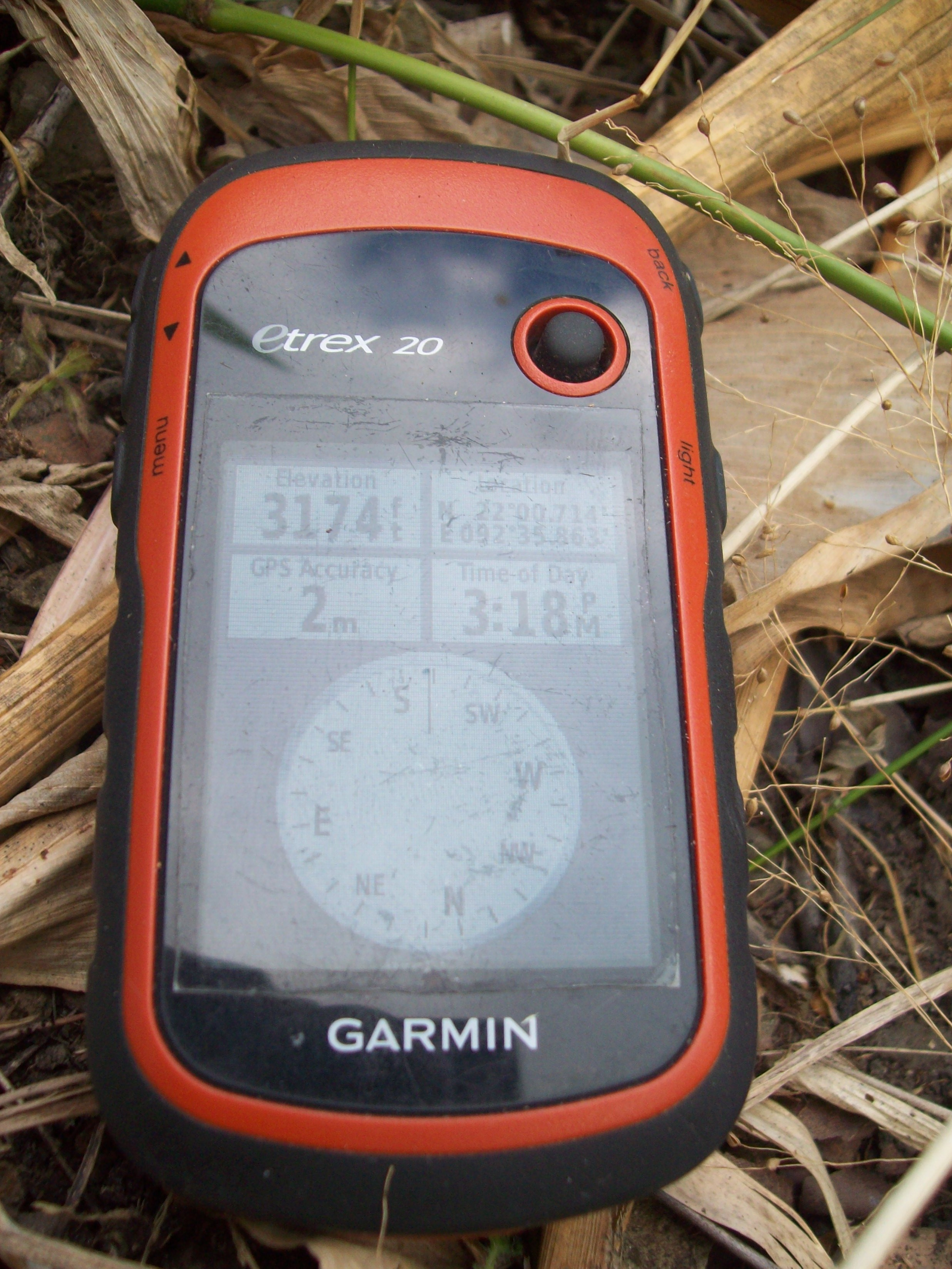 The Geocaching Junkie: 10 GPSr devices to help you find that geocache